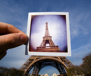 eiffel tower, hand, and lomography image