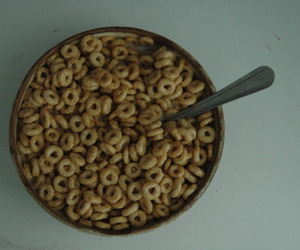 bowl, cheerios, and spoon image