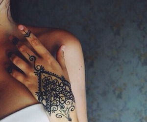 girl, henna, and henna tattoo image