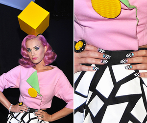 black, cube, and nails image