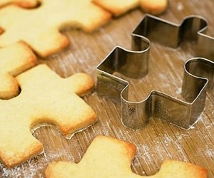 Cookies and puzzle image