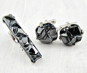 sarah coventry, silver tie clip bar, and vintage cufflink set image