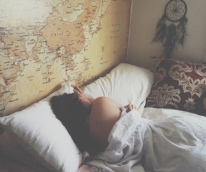 girl, love, and bedroom image