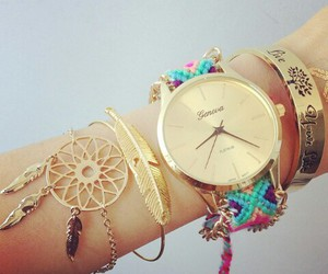 dreamcatcher, jewellery, and reloj image
