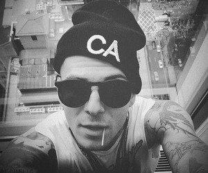 jesse rutherford, tattoo, and the neighbourhood image
