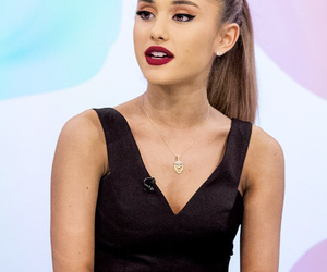 fashion, makeup, and arianagrande image