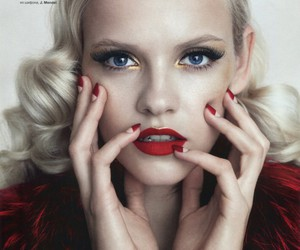 ginta lapina and makeup image