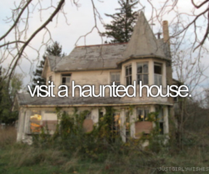 house, haunted, and Halloween image