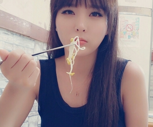 chopsticks, hong jin young, and hong jinyoung image
