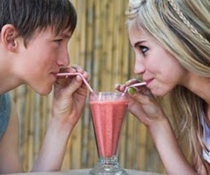 photography, teenage love, and sweet moments image