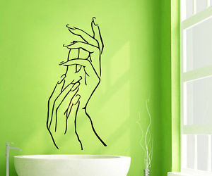 hands and beauty salon image