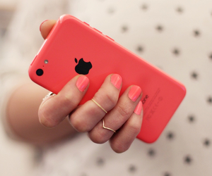 pink and iphone image