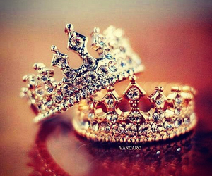 rings, ring, and Queen image