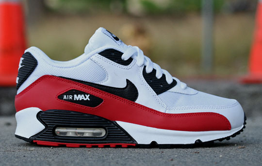 air max 90 red and black and white
