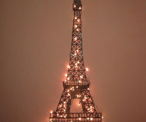 paris and light image