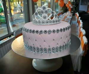 beautiful, cake, and crown image