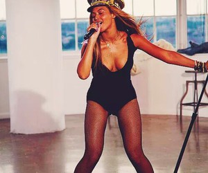 beyoncé, love on top, and queen bey image