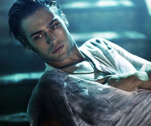 douglas booth, Hot, and man image