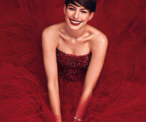 Anne Hathaway and red image