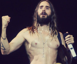 love lust faith dreams, jared leto acoustic, and jared leto in brazil image