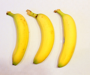 bananas, chiquita, and fruit image