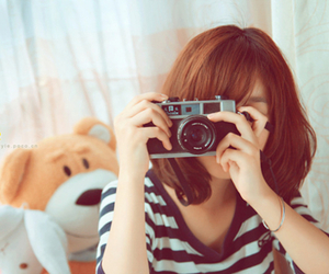 girl and camera image
