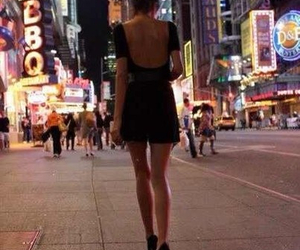 girl, legs, and new york image