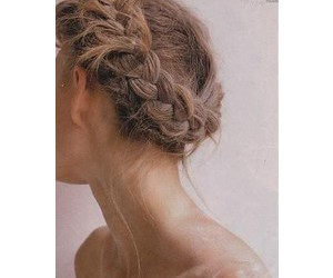 fashion, girl, and hairstyle image