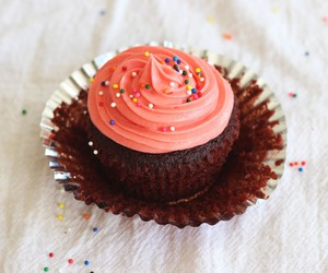 chocolate, desserts, and cupcakes image
