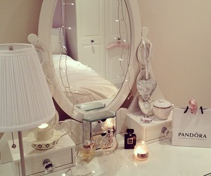 room, pandora, and white image