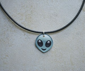 grunge, necklace, and alien image
