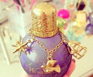 perfume, wonderstruck, and Taylor Swift image