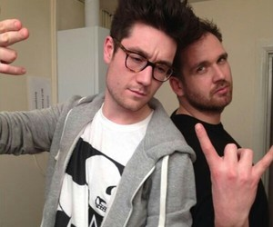 will and dan smith image