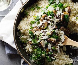 garlic, mushroom, and risotto image