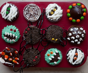 cakes, cupcake, and Halloween image