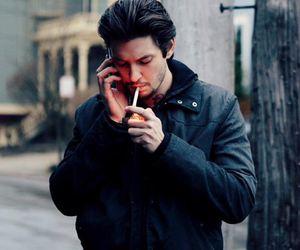 ben barnes, film, and by the gun image