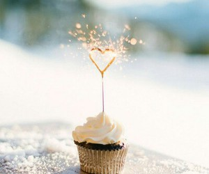cupcake, heart, and sparkle image