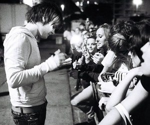 panic! at the disco and spencer smith image