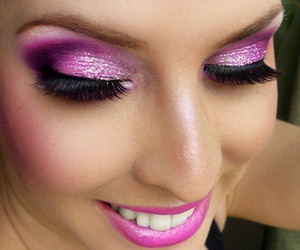 makeup, pink, and pretty image