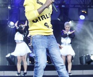 concert, g i r l, and Pharrell Williams image