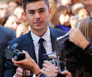zac efron, handsome, and sexy image