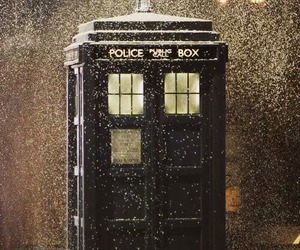 tardis, doctor who, and snow image