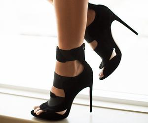 fashion, shoes, and killing heels image