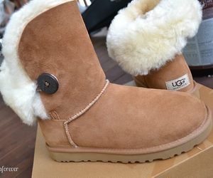 cute, shoes, and ugg image