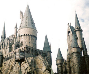 harry potter, hogwarts, and castle image