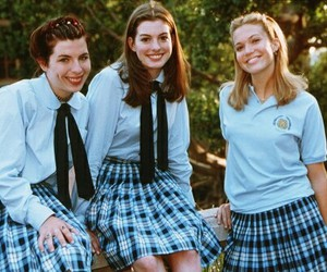 Anne Hathaway, mandy moore, and the princess diaries image