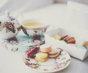 tea, food, and ‎macarons image