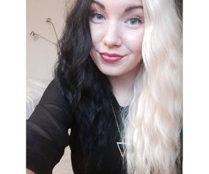 hair, black blonde, and split dye image