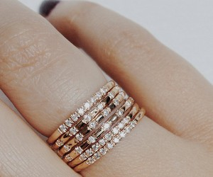 bracelet, glamour, and jewelry image