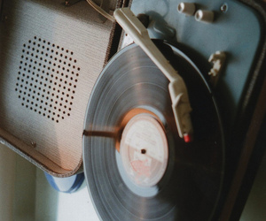 vintage, music, and indie image
